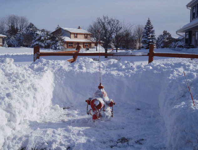 Fire-Hydrant-Snow