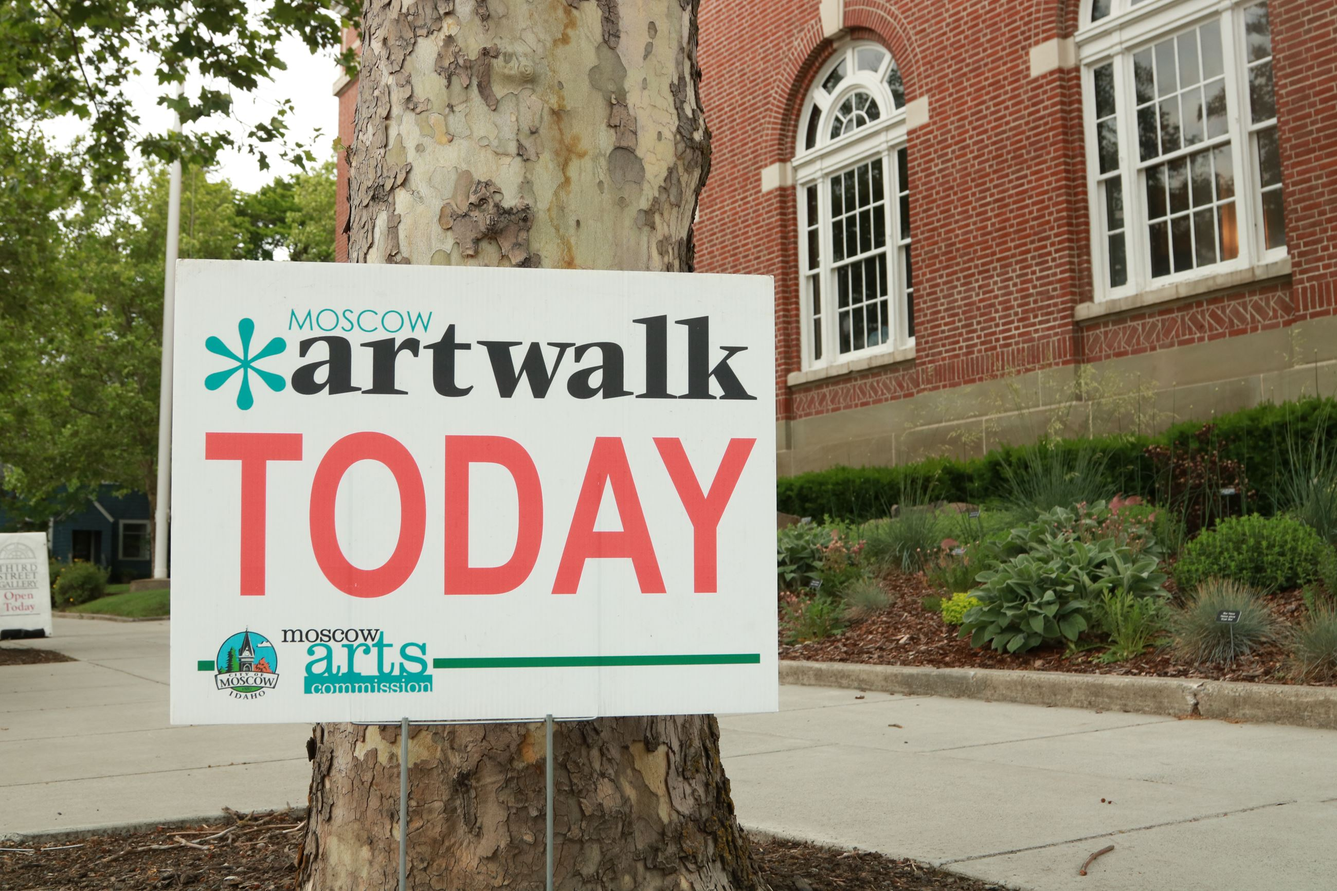 Sign depicting Artwalk TODAY